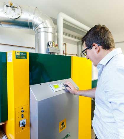 Energie-Sparen-Heizung-Sanierung-Effiziente-Landwirtschaft